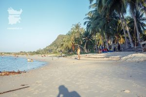 Отлив на пляже Бан-Тай Самуи